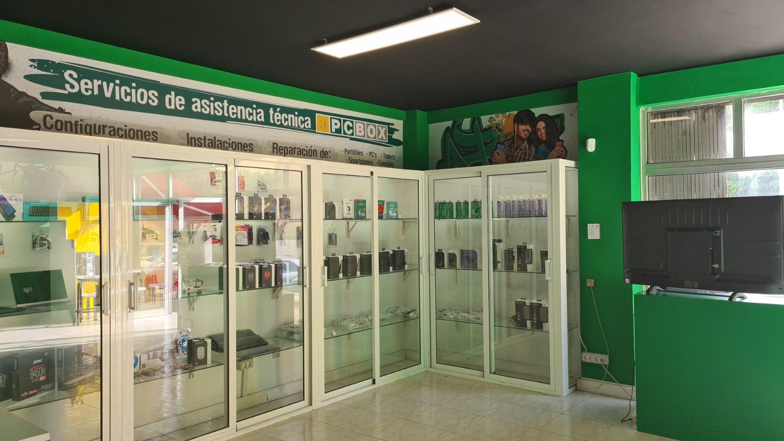 Instalaciones de la tienda de informática de proximidad PCBox Tenerife